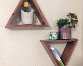 Triangle shelves (pair)