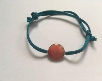 Adjustable blue colorful bracelet