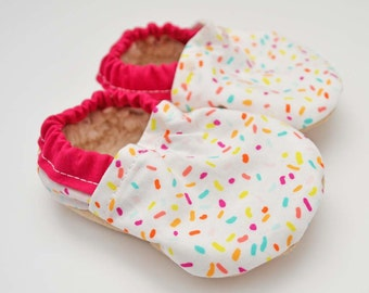 Baby booties - soft soled baby shoes - ice cream party outfit - pink baby moccs - pink baby moccassins - sprinkles - ice cream baby shoes