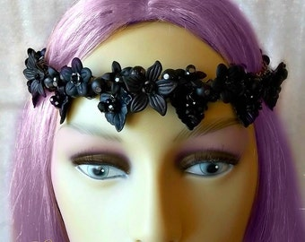 Gothic Black Flower Headdress, Goth Bride, Gothic Wedding, Black Circlet, Flower Headpiece, Black Beaded Headdress, Flower Crown, Bridal