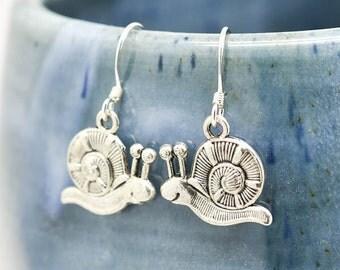 Snail Earrings, Silver Earrings, Snail Jewelry, Charm Earrings, Bridesmaid Gift, Gift for Her, Animal Earrings, Dangle Earrings, Antique