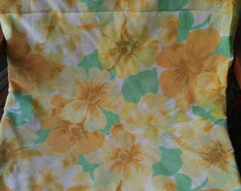 Vintage Wabasso Bed sheet / double flat / flower power / floral / yellow / cotton poly blend / quality linen