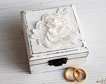 White Ring Bearer Box, Love box Burlap Wedding Ring Box Pillow Alternative Small Wedding Boxes, Ring holder, Weding Box, tulle, lace, pearls