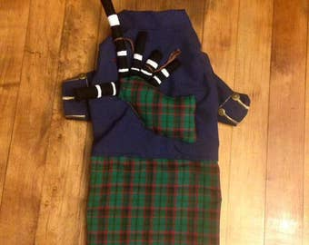 Kilt with Bagpipes