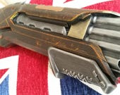 Wood effect Fallout / Bioshock Infinite / Steampunk inspired Cosplay Nerf Shotgun