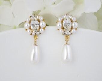 Simple pearl teardrop wedding earring, Swarovski crystal and pearl bridal earring, Pearl drop earring, Bridesmaid pearl dangle earring