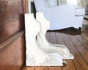 ANTIQUE FARMHOUSE CORBELS • Very Large, Creme, Off-white, Chippy Shabby Architectural Corbels  • Farmhouse Architectural • 1 Left!