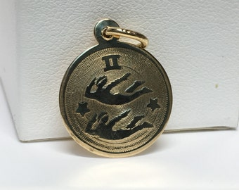 10k Yellow Gold Zodiac Gemini Medallion / Pendant