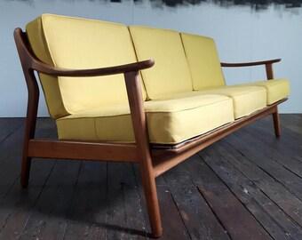 Stunning Vtg Danebridge Associates Reupholstered Mid Century Sofa danish design