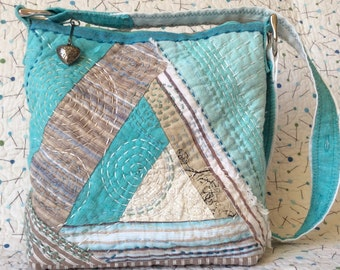 Sashiko Quilted bag, Turquoise linen patchwork bag, Handquilted repurposed linen bag, Turquoise hand stitched embroidered bag, Quilt bag