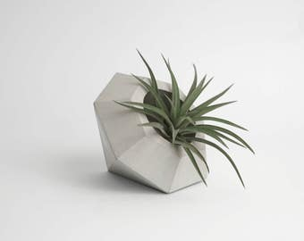 DIAMOND | Concrete Planter - Pot
