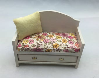 1:12th scale Dollhouse Miniature Childs Bench with cushion and pillow