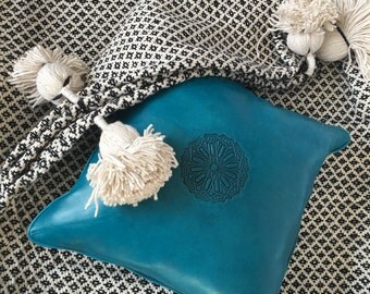 """Moroccan hand woven Blanket Wool / Throw with XL Pom Pom Wool, Spike design /79""""Wx118""""L/200WX300L"""