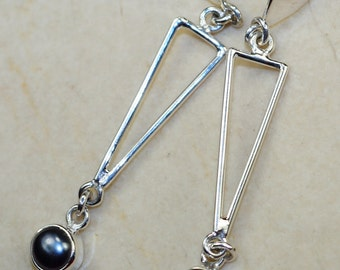 River Pearl & 925 Sterling Silver Earrings by Silver Trend