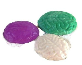 Kids Soap - Brain Soap - Brain Art - Zombie Soap - Science Favor - Walking Dead Gift - Anatomy Gift - Doctor Gift - Gag Gift Soap - Fun Soap