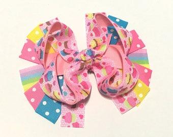 Pink Cupcake Hair clip, Cupcake Bow, Cupcake Hair bow, Cupcake Hair Bow, Birthday Hairbow, Birthday Bow, Birthday Hair bow