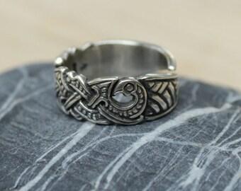 Viking Raven Ring in sterling silver