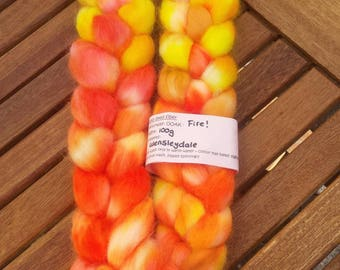 Hand dyed roving - 100g - Fire!