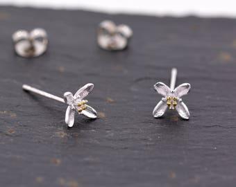 Sterling Silver Dainty Little Blossom Flower Stud Earrings  Y32