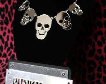 Acrylic 5x skull necklace