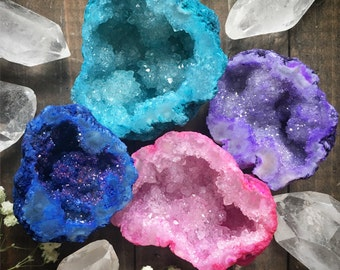 DYED GEODES - pink - purple - turquoise - blue