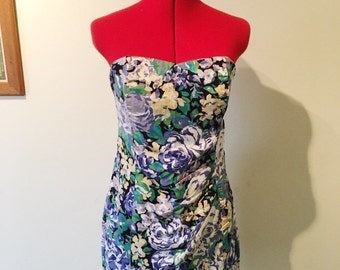 Vintage floral strapless dress