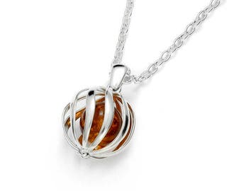 Beautiful Baltic amber necklace on silver 925/1000