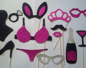 Photobooth x 14 bachelor party girl accessories, evening pajamas, bachelorette, where