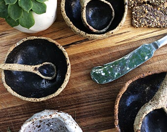 Ceramic serving dish set