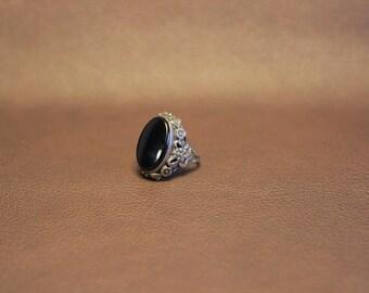 Vintage Silver Onyx Ring