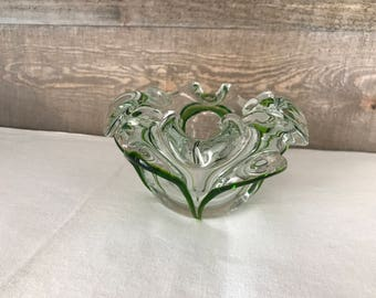 Green and Clear Glass Art Bowl Vintage Flower Shaped Art Glass Bowl