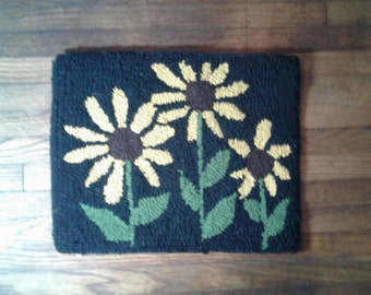My Sunflowers  Primitive Rug Pattern