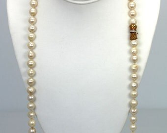 """Baroque Pearl Necklace with 76 Pearls 9.50cm each 31"""" long 14K Diamond clasp"""