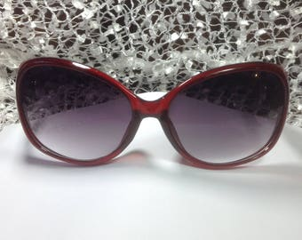 New Item: SNAP SUNGLASSES...RED....Fits 18-20mm Snaps