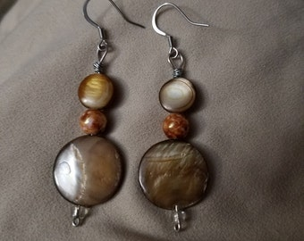 Brown shell dangle earrings