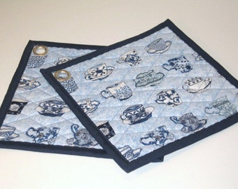 Tea time and coffe time, Pot holders with tea cups and coffe cups , Hot pads, Fabric pot holders, set of 2, Oven mitt, Oven pads