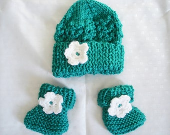 3-Month Infant Baby Hat and Booties - Teal