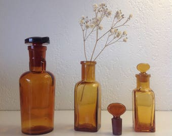 Apothecary bottles / Bottle of apothecary