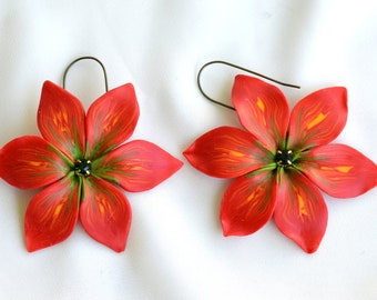 Modern flower earrings for spring and summer hand made with polymer clay,unique fashion earrings