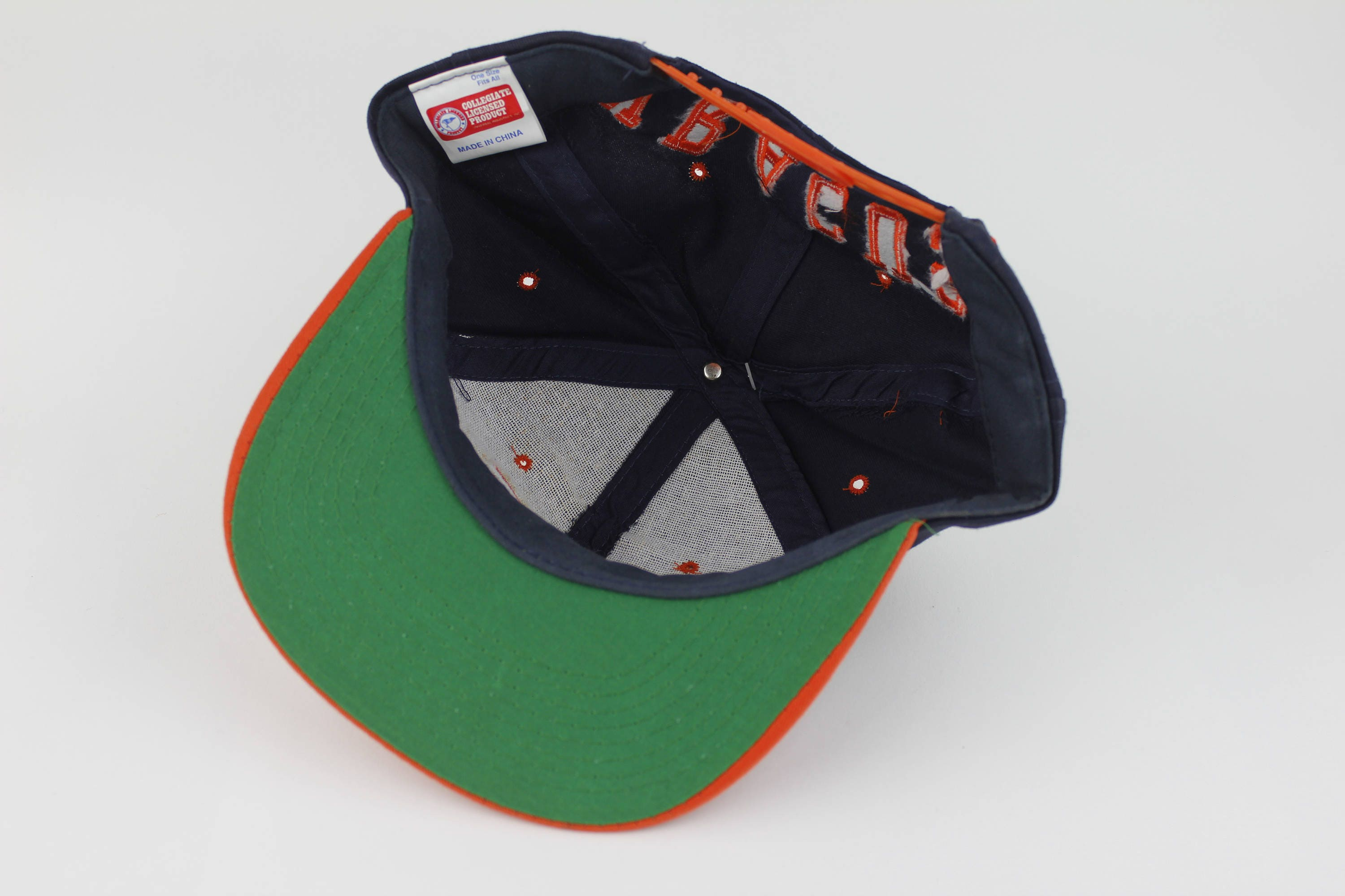 Brand New With Tags Vintage 90s Syracuse University Snap Back Hat