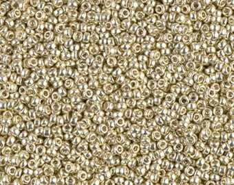 15/0 Duracoat Galvanized Silver D4201 - Miyuki Round Seed Bead 10g