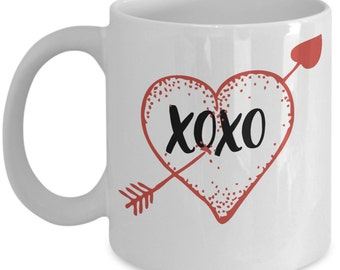 Romantic and Cute Valentine Coffee Mug - Give your favorite Valentine Hugs and Kisses this year! - Valentines day Gift