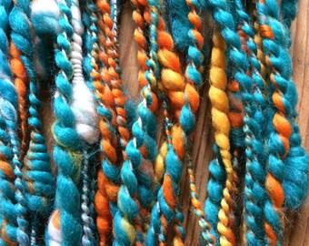 CHEERFUL - 2 ply merino corriedale - funky yarn