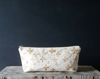 Floral zippered pouch - tan