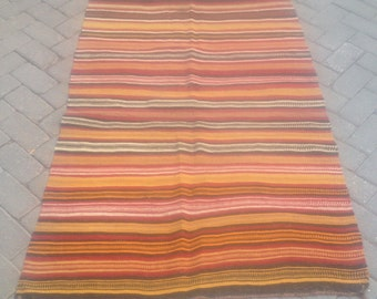 Turkish nomade hand made kilim / 3.3 x 5.1 ft