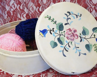 Large Vintage Tin/Old Tin Biscuit Can/Hand Painted Tin/Large Round Tin/Tin Container/Floral Tin/Hand Painted Floral Tin/Large Biscuit Tin