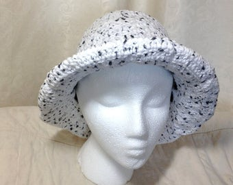 Crochet bucket hat, wide-brim sun hat, white hat with black cord, woman's crochet cotton hat, crochet item, sun cloche, black and white cap