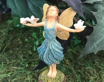 Miniature Joyful Fairy with Doves