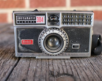 Kodak Instamatic 304 camera