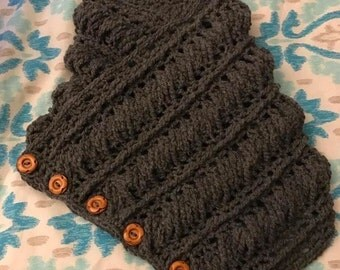 Cabled button up cowl